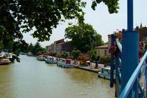 Port de Homps, sur le Canal du Midi