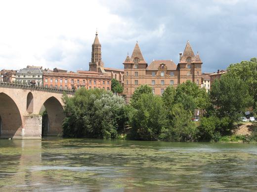 Pont vieux et musée Ingres Bourdelle à Montauban