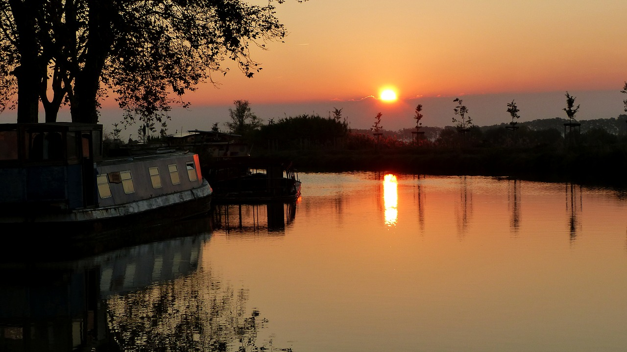 Tourisme fluvial en France : 5 bonnes raisons de partir en croisière sur le Canal du Midi :